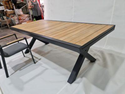 שולחן גינה /פינת אוכל דגם 8838