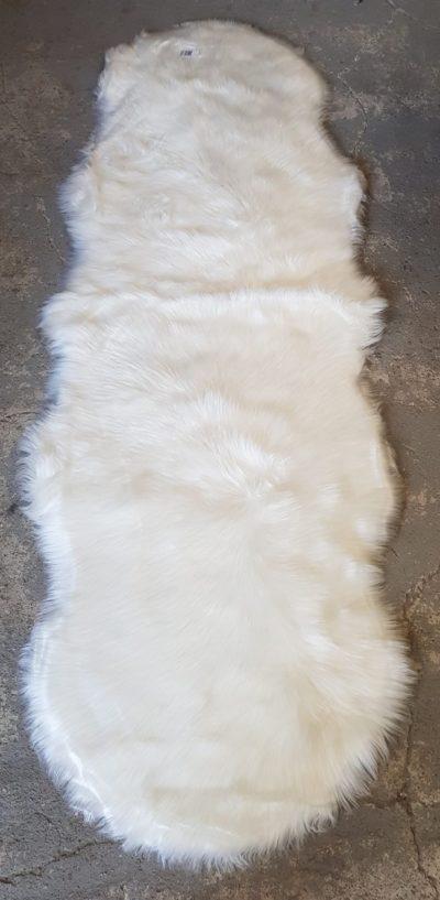 שטיח לבן פרווה 863
